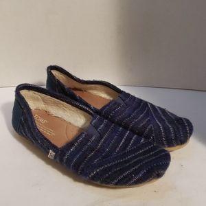 Toms navy stripe shoes size 8